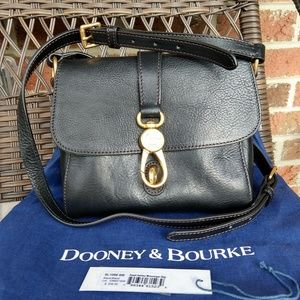 Dooney & Bourke Florentine Small Ashley Messenger